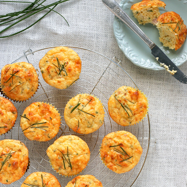 Gluten Free Breakfast Muffins with ham and cheddar