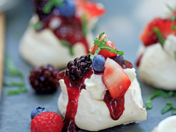 Mini Summer Berry Meringue with Vanilla Cream